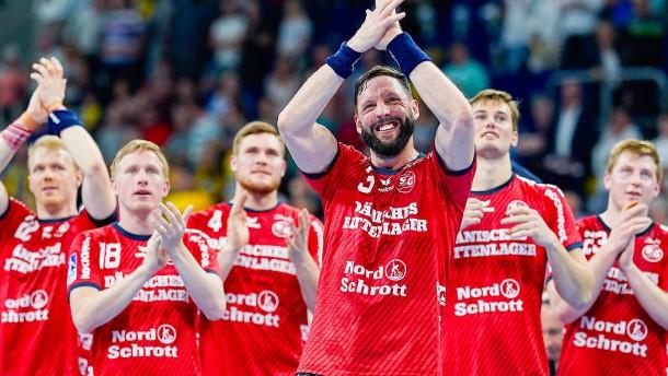 Flensburg nach Sieg über Berlin vor Meisterschaft