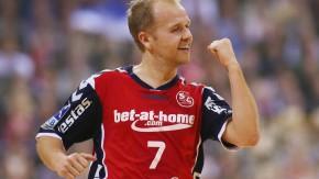 Flensburger Faust: Anders Eggert und seine Mitspieler freuen sich über den Sieg
