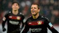 Es geht doch: Chicharito trifft wieder – und Leverkusen siegt.