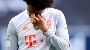Angeschlagene Bayern verlieren das Topspiel
