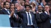 Nur der Scheich ist wirklich reich: Mansour Bin Zayed Al Nahyan überschwemmt Manchesters Fußball mit seinem Geld