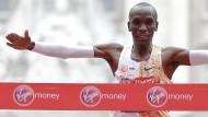 Eliud Kipchoge ist der schnellste Marathonläufer der Welt und gewann zuletzt in London.