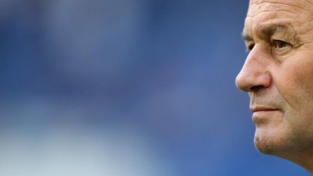 """Aus und vorbei: """"Jahrhunderttrainer"""" Hubb Stevens verlässt Schalke"""