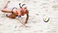 Beachvolleyball: ein Leistungssport, kein Freizeitvergnügen - auch wenn der Dresscode andere Schlüsse nahelegt