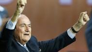 Es ändert sich nichts beim Weltverband: Joseph Blatter bleibt Fifa-Präsident