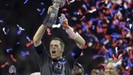 So sieht ein Rekord-Champion aus: Tom Brady holt seinen fünften Titel.