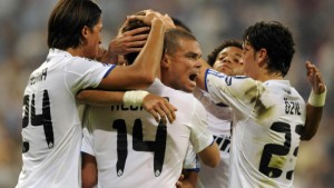 Guter Start für Özil und Khedira