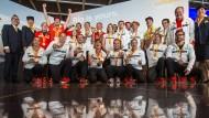 Zurück in der Heimat: Medaillengewinner der deutschen Paralympics-Mannschaft nach der Ankunft in Frankfurt