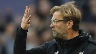 """Vier Gegentore? Liverpools Trainer Jürgen Klopp ist """"not amused""""."""