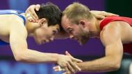 Schau mir in die Augen: Marcel Ewald (rechts) bei den Europa-Spielen in Baku
