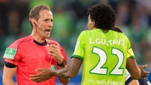 Schiedsrichter bereut Elfmeterpfiff für Wolfsburg