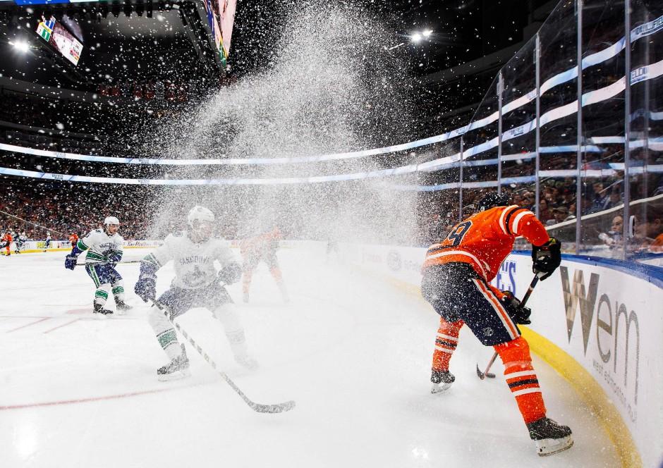 Aus mit den Oilers: Die Hoffnungen in der NHL haben sich für Draisaitls (rechts) Team nicht erfüllt