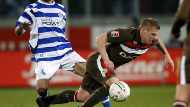 St. Pauli übernimmt die Spitze - Düsseldorf verliert