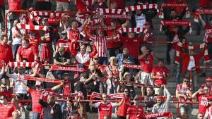 Der Fußball freut sich auf die Fan-Rückkehr