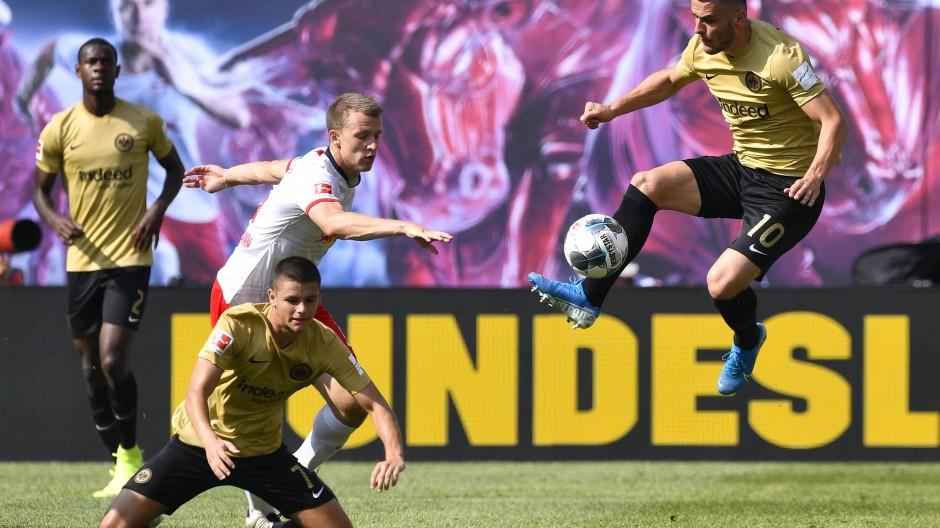 Die Bundesliga in Aktion: Die Medienpartner verlangen nach Spannung.