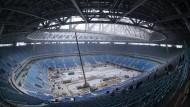In St. Petersburg wird für die Fußball-WM 2018 noch gebaut.