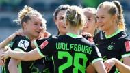 Topspiel am Sonntag: Die Wolfsburgerinnen jagen den FC Bayern in der Bundesliga.