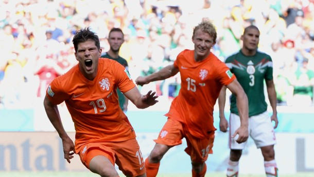 Sneijder und Huntelaar retten Holland