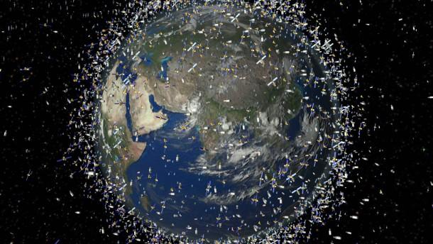 Aus dem Kreislauf geflogen: Weltraumschrott schwirrt in der Erdumlaufbahn umher (Simulation der Welt