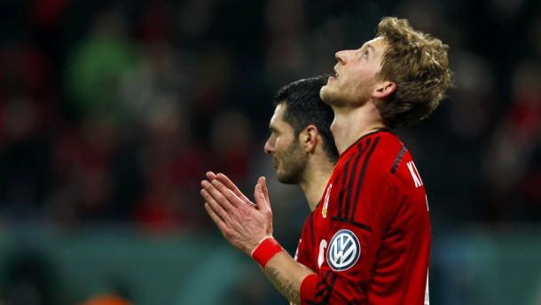 Leverkusen gewinnt im Nachsitzen