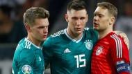 Sieg ohne Gegentor: Matthias Ginter, Niklas Süle und Manuel Neuer (von links)