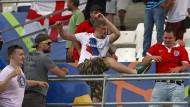 """""""Normale Prügelei"""": Russische Hooligans in Marseille bei der EM 2016"""