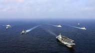 Die chinesische Marine übt im Pazifik – mit dem Flugzeugträger Liaoning an der Spitze.