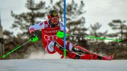 Hirscher gewinnt Slalom in Levi