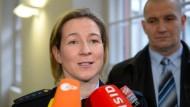Keine Lobby? Claudia Pechstein mit Lebensgefährte Große am 15. Januar in München