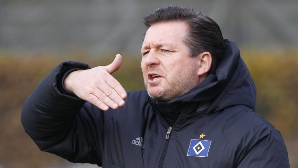 Wie der HSV durch Zufall einen Trainer fand