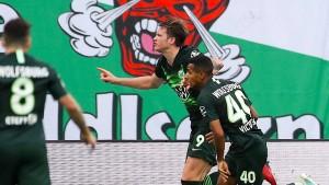 Wolfsburg bleibt ohne Niederlage