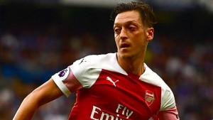 Auch Özil steht nach Arsenal-Fehlstart am Pranger