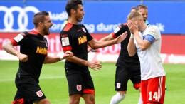 HSV bricht gegen Regensburg zusammen