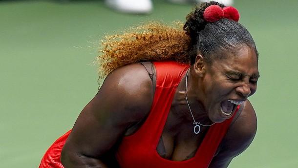 Serena Williams schreit und hadert