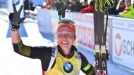 Der dritte Titel im vierten Rennen: Laura Dahlmeier ist bei der Biathlon-WM kaum zu schlagen