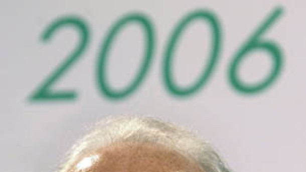 Beckenbauer droht, die Pfalz ist entrüstet
