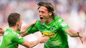 Gladbach gewinnt ein furioses Derby