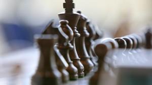 Schachbund in der Zwickmühle