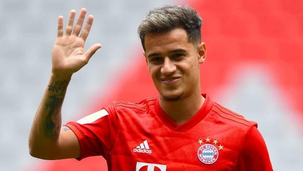Darum sitzen die neuen Bayern-Stars auf der Bank