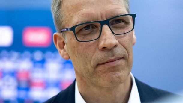 Die chaotische Suche bei Schalke ist zu Ende