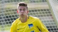 Torwart Jonathan Klinsmann überzeugte und bekam nun bei Hertha einen Vertrag.