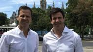 Zwei Macher aus zwei Welten: Nationalmannschafts-Teammanager Oliver Bierhoff (l.) und Mercedes-Teamchef Toto Wolff