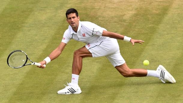 Djokovic muss sich strecken