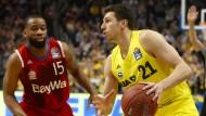 Dragan Milosavljevic (rechts) und Alba Berlin haben etwas wieder gut zu machen.