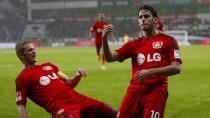 Matchwinner: Hakan Calhanoglu (r.) hat getroffen