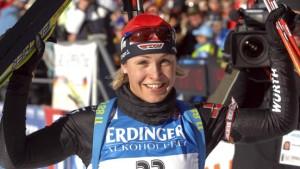 Erster Saisonsieg für Magdalena Neuner