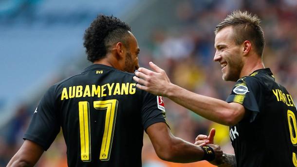 Dortmund zaubert erst und zittert dann
