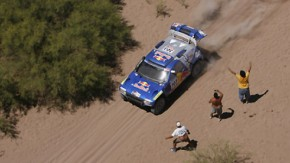 Die Wüste ist weit, die Gefahr groß: Sainz, Cruz und drei Zuschauer in Argentinien