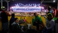 Bei den Heimspielen nur Zaungäste: Favela-Bewohner von Rio