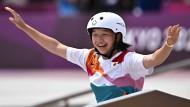 Momiji Nishiya holte sich Gold beim Skateboarden